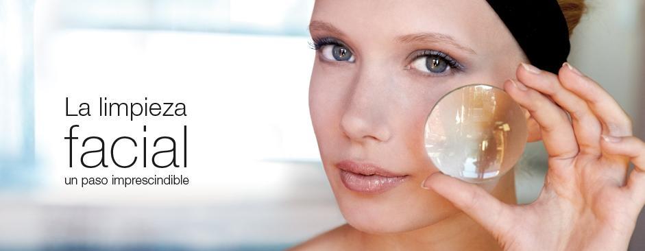 Higiene facial profunda…piel luminosa para mamá!!